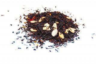 Té de almendras Té negro con trozos de almendras, flor de cártamo
