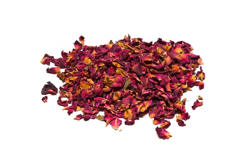 Los pétalos de rosa deshidratados se utilizan para aromatizar tus infusiones