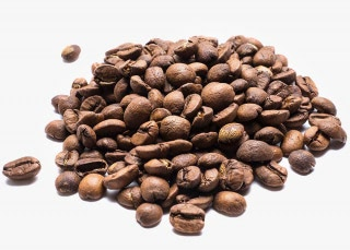Café Brasil en grano Café originario de Brasil, de la región de Cerrado a 1.100 m. de altura, finca San Rafael. Variedad: Acaia y Mundo Novo.